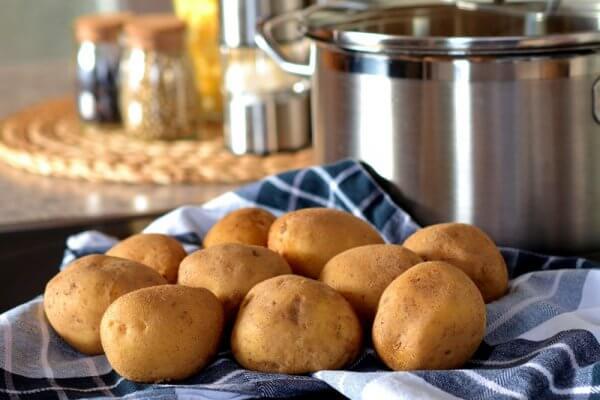Leichter Kartoffelsalat der ideale Snack zum abnehmen